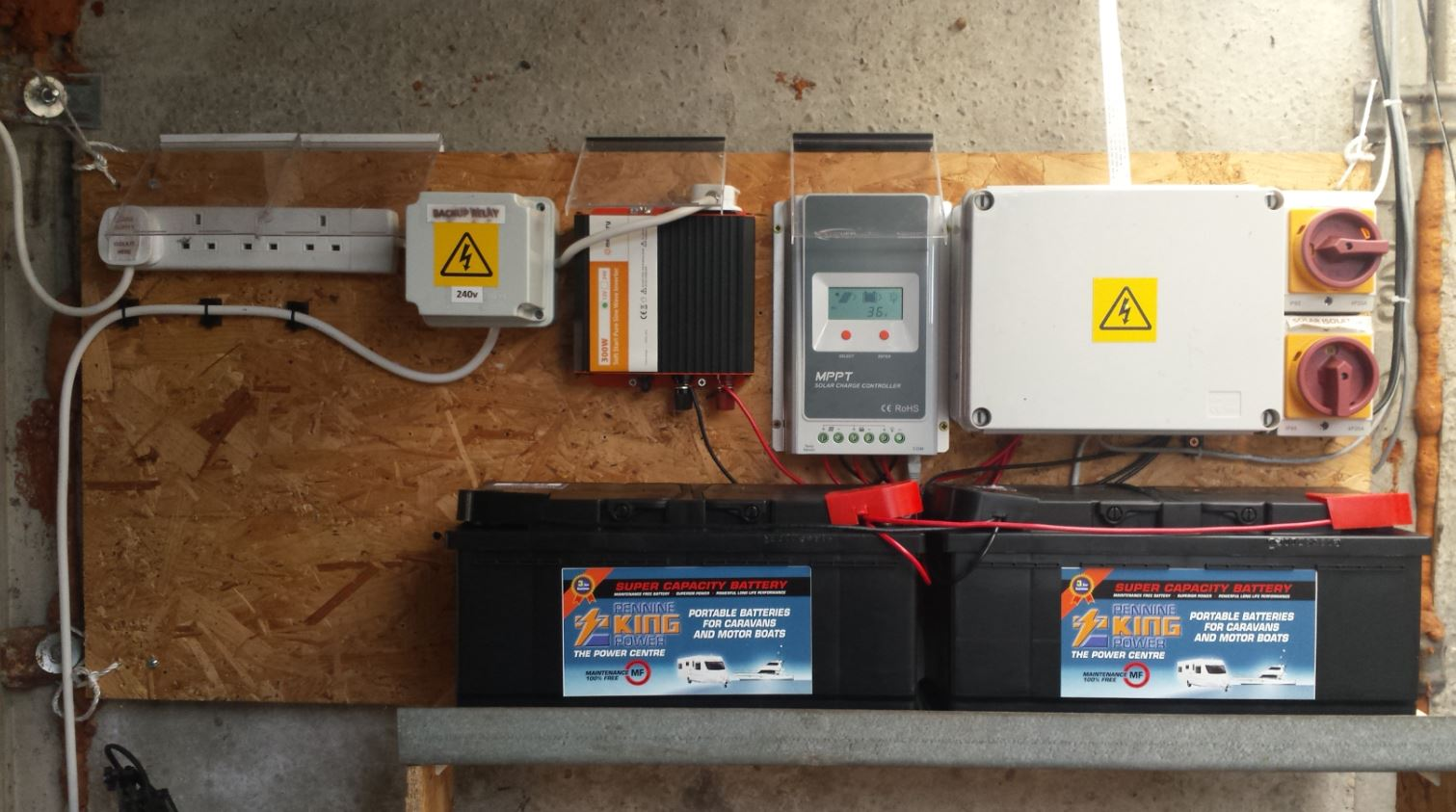 My Solar Power Internet Monitor Using A Raspberry Pi And Tracer 2210a Wiring Small Battery Bank Panels Forum The Website Link Below Explains How Most Of It Was Achieved With Aim Showing Easy Is To Implement Scale System At Home